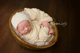 Professional Newborn Photographer Windsor